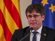 Der katalanische Separatistenführer Puigdemont kandidiert bei der Europawahl im Mai als Spitzenkandidat des Bündnisses JuntsxCat (Gemeinsam für Katalonien). (Bild: KEYSTONE/EPA/STEPHANIE LECOCQ)