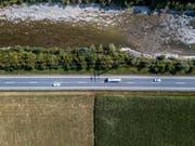Die Kleine Emme führte im vergangenen, niederschlagsarmen Sommer viel weniger Wasser als üblich. (Bild: Pius Amrein, Malters, 5. August 2018)