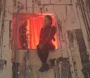 Ist die Zukunft schon da? Szene aus «Cybercity», selbst fotografiert von jemandem aus dem jungen Ensemble. (Bild: Luzerner Theater, März 2019)