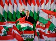 Schweizer Politiker suchen die Nähe zu Ungarn. Dessen Regierungschef Viktor Orban zeigt zusehends autokratische Züge. (Bild: KEY)