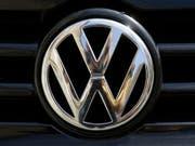 Volkswagen gibt Vollgas bei der E-Mobilität und bringt noch mehr Elektroautos auf den Markt. (Bild: KEYSTONE/AP/MARKUS SCHREIBER)