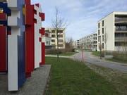 Viel Grün rund um die Häuser: Schnappschuss von der Feldbreite. (Bild: hor)