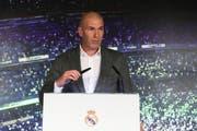 Zinédine Zidane bei seiner Rede am Montag. (Bild: EPA/BALLESTEROS, 11. März 2019)