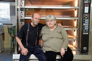 Nach 23 Jahren schliessen Martin und Barbara Siegrist die Bäckerei mit kleinem Lebensmittel-Laden in Sennwald. (Bild: Corinne Hanselmann)
