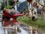 Regen liess mehrere Flüsse in der Region um die Millionenstadt São Paulo über die Ufer treten. (Bild: KEYSTONE/EPA EFE/SEBASTIAO MOREIRA)