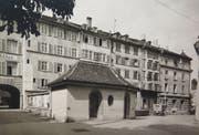 Die Hinterseite der Häuser Brühlgasse 1 bis 9 (Nummerierung von rechts nach links). Das Strässchen von hier zum Bohl hiess damals Kaufhausweg, weil das Waaghaus damals Kaufhaus hiess, weil es - neben einer Poststelle und einem Polizeiposten - so eine Einrichtung beherbergte. (Bild: Stadtarchiv der Ortsbürgergemeinde St.Gallen)
