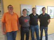 Von links: Adi Imhasly, neues Vorstandsmitglied (Obmann Svse), Roger Gisler, abtretendes Vorstandsmitglied, mit dem abtretenden Präsidenten Markus Zgraggen und seinem Nachfolger Sandro Imhasly. (Bild: PD)