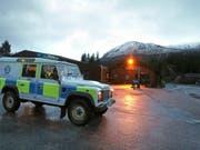 Beim Abgang einer Schneelawine an Grossbritanniens höchstem Berg, dem Ben Nevis in Schottland, sind drei Menschen ums Leben gekommen. Unter den Toten ist ein Schweizer. (Bild: Keystone/AP PA/ANDREW MILLIGAN)