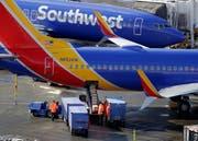 Boeing-Maschinen der Southwest Airlines auf dem Flughafen in Seattle. Bild: Ted S. Warren/AP (5. Februar 2019)