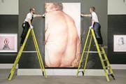 Das Werk «Juncture» von Jenny Saville bei seiner Versteigerung im Auktionshaus Sotheby's. (Bild: Tristan Fewings/Getty, London, 1. März 2019)