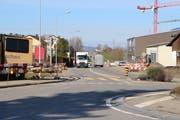 Blick vom Sulger Kreisel auf die nach Bürglen führende Weinfeldenstrasse. (Bild: Hannelore Bruderer)
