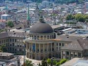 Die ETH Zürich will eine Professorin entlassen weil sie sich gegenüber Doktorierenden nicht korrekt verhalten hat. (Bild: KEYSTONE/CHRISTIAN BEUTLER)