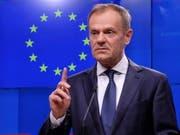 EU-Ratspräsident Donald Tusk will sich bei den EU-Staats- und Regierungschefs für eine Brexit-Verschiebung einsetzen, falls London dies für nötig hält. Dies erklärte Tusk am Donnerstag auf dem Kurznachrichtendienst Twitter. (Bild: KEYSTONE/EPA/OLIVIER HOSLET)