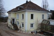 Die Abbrucharbeiten an der Villa Gschwend haben begonnen. (Bild: Yann Lengacher)