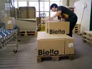 Der Büroartikel-Hersteller Biella-Neher soll französisch werden: Produktionsstätte in Brügg (Archivbild). (Bild: KEYSTONE/GAETAN BALLY)