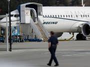 Der amerikanische Boeing-Konzern liefert derzeit keine Flugzeuge des Typs 737 Max mehr aus, weil unklar ist, was genau zu zwei Abstürzen bei diesen Modellen geführt hat. (Bild: KEYSTONE/AP/TED S. WARREN)