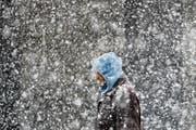 Hat man sich chläpfenden Schnee so vorzustellen? (Bild: AP/Matt Rourke)