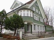 Die an die Blütezeit der Stickerei erinnernde Villa Ilg dient künftig als Wohnhaus. (Bild: Peter Eggenberger)
