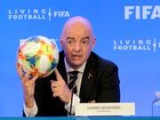Strebt weiterhin eine WM mit 48 Mannschaften schon 2022 an: FIFA-Präsident Gianni Infantino (Bild: KEYSTONE/FR596 AP/LUIS M. ALVAREZ)