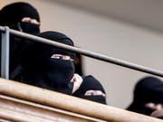Der Bundesrat will Burka und Nikab nicht verbieten. Er lehnt die Initiative «Ja zum Verhüllungsverbot» ab, will aber gesetzliche Regeln erlassen. (Bild: KEYSTONE/EPA SCANPIX DENMARK/MADS CLAUS RASMUSSEN)