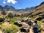 Wanderpfade durch die vielfältige Natur der Insel. (Bilder: PD)