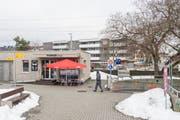 Der «Pionier Shop» an der Letzistrasse 2 neben dem Bahnhof Winkeln. Hier soll als Ersatz für die bestehende Poststelle noch im ersten Halbjahr eine neue Postagentur entstehen. (Bild: Hanspeter Schiess - 11. Februar 2019)