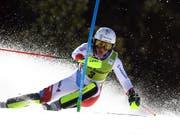 Wendy Holdener greift im letzten Slalom des Winters noch einmal an - zum ersten Sieg reicht es ihr knapp nicht (Bild: KEYSTONE/AP/ALESSANDRO TROVATI)