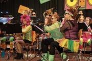 Im Showteil verkleideten sich die Musiker. (Bild: Fynn Wohlgensinger)