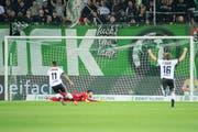 1:0 für den Gast aus dem Tessin – St.Gallen-Goalie Stojanovic ist bezwungen. (Bild: Urs Bucher)