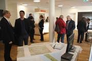 Am Tag der offenen Tür begutachteten viele neugierige Besucher den Neubau. (Bild: Paul Gwerder, Bürglen, 16. März 2019)