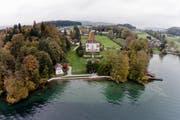 Horw plant 2017 diverse Kulturprojekte unter dem Titel Halbinsel unter anderem im Park der Villa Krämerstein Kastanienbaum, fotografiert am 27. Oktober 2014.