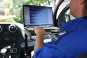 Der Kantonspolizei St.Gallen ging am Sonntag ein Schnellfahrer ins Netz. (Bild: Kapo SG)