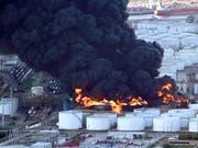 Die Flammen könnten mehrere Tage brennen: Grossbrand im Chemiewerk Intercontinental Terminals Company im texanischen Deer Park. (Bild: KEYSTONE/AP/DAVID J. PHILLIP)
