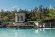 Die Visualisierung soll belegen, dass ein Windpark auf dem Seerücken von Schloss Eugensberg aus zu sehen wäre. (Bild: PD)