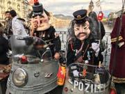 Ohnehin ist die Polizei an diesem «rüüdigen» Samstag in Luzern sehr präsent. (Bild: Sandro Renggli)
