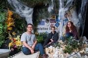 Haben viel Zeit investiert: Mahdi Abedi, Oliver Wasem und Iris Grüter spielen in «Cybercity» mit. (Bild: Boris Bürgisser, 27. Februar 2019)