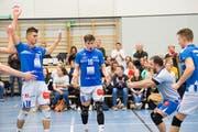 Jubel bei den Spielern von Volley Luzern. (Bild: Eveline Beerkircher, Luzern, 20. März 2019)