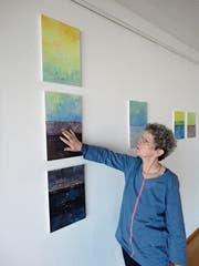 Eine vielseitige Künstlerin stellt aus: Rita Bosshard präsentiert in der Ermitage ihre Werke. (Bild: Ruedi Wechsler (Beckenried, 19. März 2019))