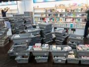 Inzwischen sind die Regale eingeräumt: Die Leipziger Buchmesse 2019 hat ihre Tore am Donnerstag für die Besucherinnen und Besucher geöffnet. (Bild: Keystone/DPA-Zentralbild/JAN WOITAS)