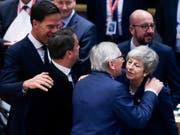 Die britische Premierministerin Theresa May hat in der Nacht auf Freitag bei der EU eine Verschiebung des Brexits erreicht und somit Chaos zunächst abgewendet. (Bild: KEYSTONE/EPA AFP POOL/ARIS OIKONOMOU / POOL)