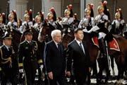 Chinas Präsident Xi Jinping (rechts) und Italiens Präsident Sergio Mattarella im Quirinalspalast in Rom. (Bild: Alessandra Tarantino/AP (22. März 2019))