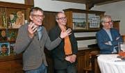Bei «Direkt aus Bern» mit Nationalrat Karl Vogler, Moderator Dominik Rohrer und Ständerat Erich Ettlin (von links) ging es auch heiter zu und her. (Bild: Robert Hess, Giswil, 23. März 2019)
