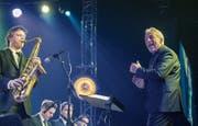 Heimspiel: Pepe Lienhard dirigiert seine Big Band. (Bild: Reto Martin)