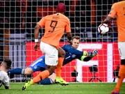 Zeigt beim 3:2-Sieg gegen die Niederlande eine starke Leistung: Deutschlands Stammgoalie Manuel Neuer (Bild: KEYSTONE/EPA/SASCHA STEINBACH)