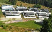 Dutzende Eigentumswohnungen an Hanglage: die Überbauung Rütirain in Meierskappel. (Bild: ruetirain.ch/C. Ghislini)