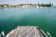 Die Hafenstadt hat nichts von ihrer Anziehungskraft verloren: Blick von der Fahre Euregia auf den Hafen.(Bild:Reto Martin)