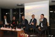 Die hochkarätigen Referenten des Podiums André Odermatt (v. l.), Maria Pappa, René Hornung, Reto Müller und Guido Etterlin. (Bild: Res Lerch)