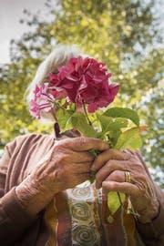 Gesucht sind berührende Lebensgeschichten von Menschen mit Demenz aus der Region. (Bild: Urs Bucher)