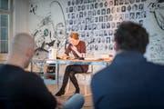 Die Autorin Anja Kampmann liest am «Wortlaut» 2018 im Raum für Literatur in der Hauptpost aus ihrem Romandebüt «Wie hoch die Wasser steigen». (Bild: Benjamin Manser)