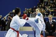 Elena Quirici (rechts) im Kampf gegen die Japanerin Someya Kayo. (Bild: Stephen Caillet/Imago (Paris, 27. Januar 2019))